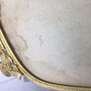 Other - GORGEOUS MATSON GOLD OVAL VANITY MIRROR